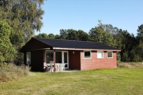 Three-Bedroom Holiday home in Ålbæk 51