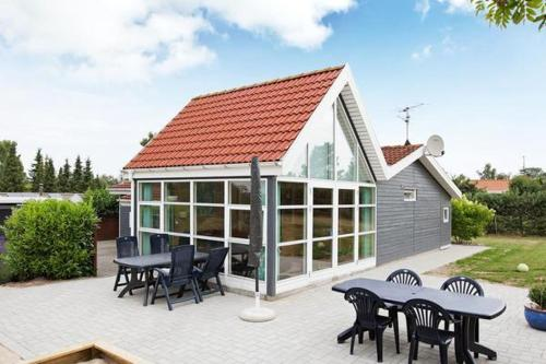 Three-Bedroom Holiday home in Glesborg 55