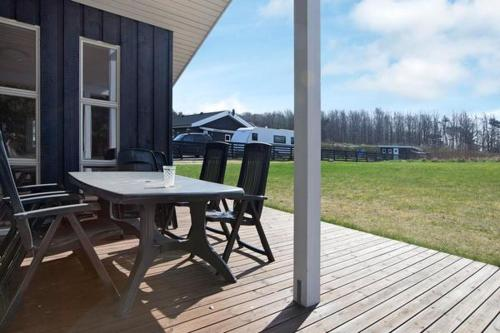 Three-Bedroom Holiday home in Vig 3