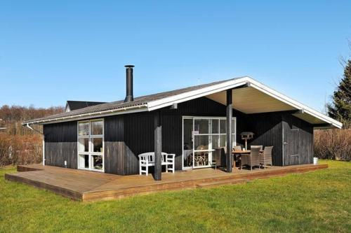Two-Bedroom Holiday home in Svendborg 4