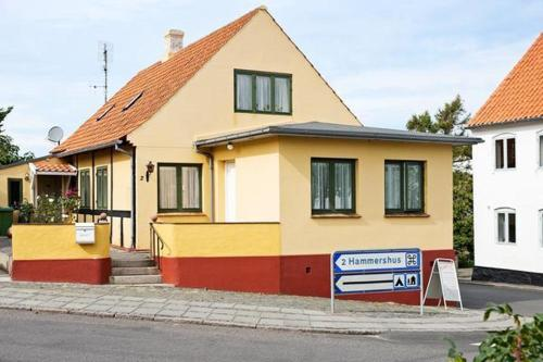 Four-Bedroom Holiday home in Allinge 3