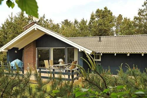 Three-Bedroom Holiday home in N�rre Nebel 18