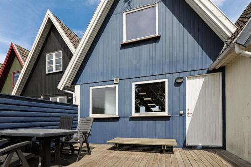 Two-Bedroom Holiday home in Otterup 10