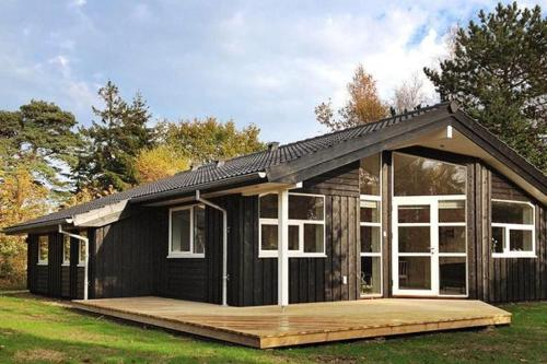 Two-Bedroom Holiday home in Gilleleje 12