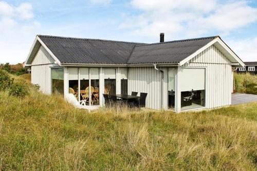Two-Bedroom Holiday home in Fan� 13