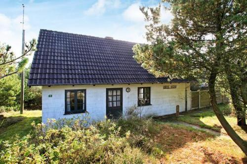 Three-Bedroom Holiday home in Bl�vand 95