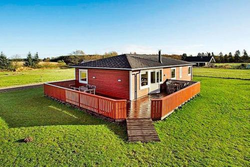 Three-Bedroom Holiday home in Hovborg 3