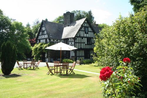 Maesmawr Hall Hotel (B&B)