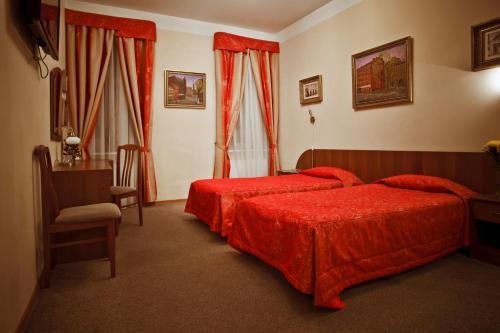Отель Kholstomer Hotel 3 звезды Россия