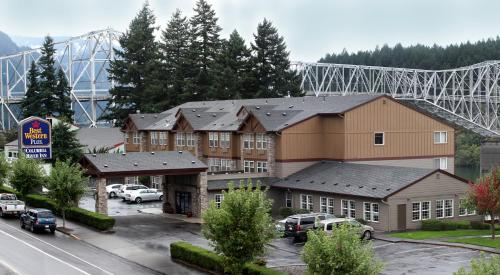BEST WESTERN PLUS COLUMBIA RVR -  star rating for travel with kids