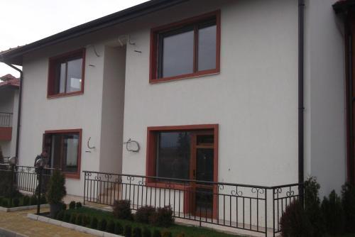 Apartment Valdimir in Aheloy