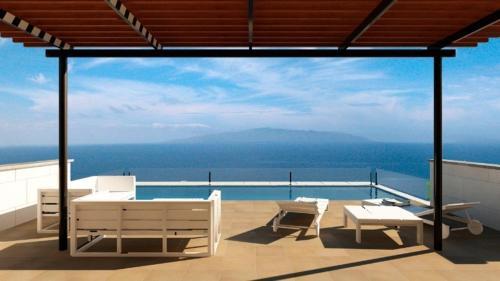 Luxury Villa in Costa Adeje, T..