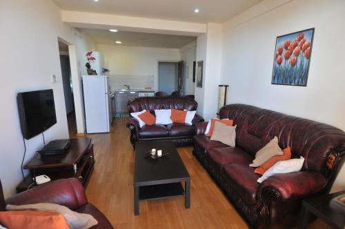 Ithaki Phinikoudes Apartment No. 202