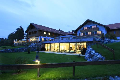 Отель Hotel Auf der Gsteig 4 звезды Германия