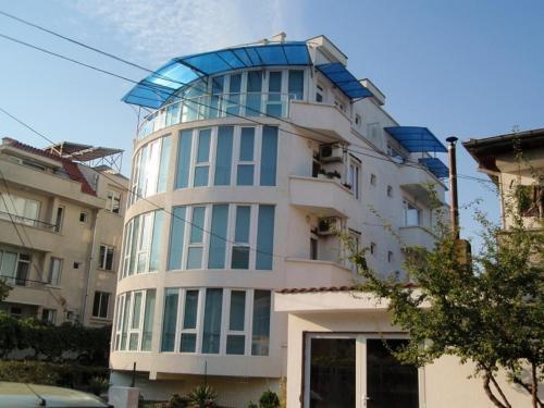 Plamar Guest House