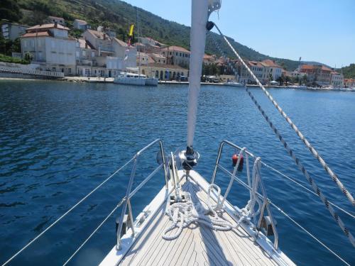 Sailing Yacht Hanse 385
