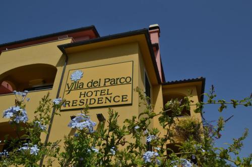 Hotel Villa Del Parco in La Maddalena