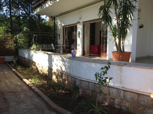 Villa Euridice Customer Reviews Viale 11 Map Hotel Within 1 Km Of Mondello Beach Palermo