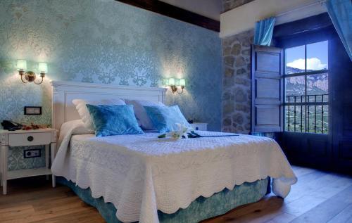 Vierbettzimmer mit Bergblick Hotel Real Posada De Liena 6