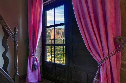 Vierbettzimmer mit Bergblick Hotel Real Posada De Liena 3