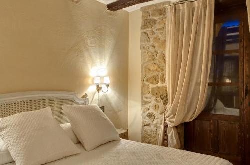 Standard Double Room Hotel Real Posada De Liena 4