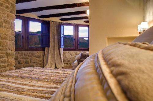 Suite Hotel Real Posada De Liena 5