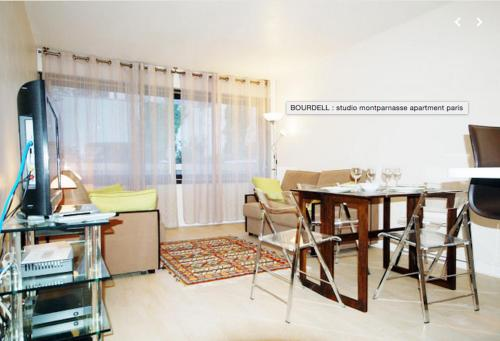 Charming and cozy Montparnasse flat