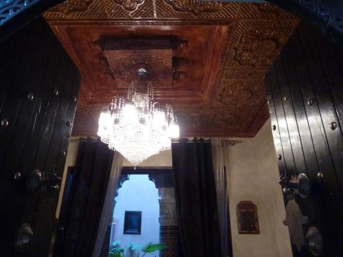 riad mille et une nuits marrakech. Black Bedroom Furniture Sets. Home Design Ideas