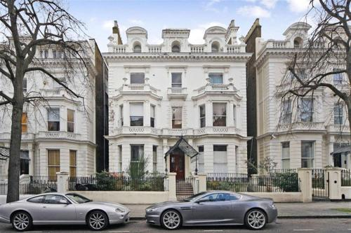 Exclusive Holland Park Apartments