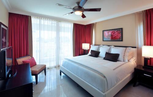 Ocean Two Resort & Residences - 33 of 100