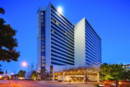 Doubletree By Hilton Tulsa Downtown