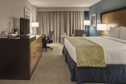 DoubleTree by Hilton Jacksonville Airport hotel accepts paypal in Jacksonville (FL)
