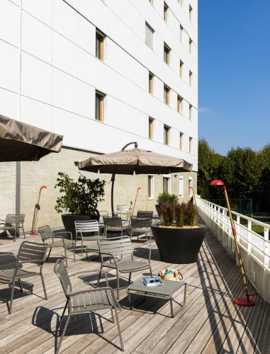 Okko hotels grenoble jardin hoche grenoble isere rhone for Hotel design grenoble