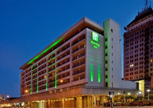 Photo of Holiday Inn Fresno Downtown Hotel Bed and Breakfast Accommodation in Fresno California