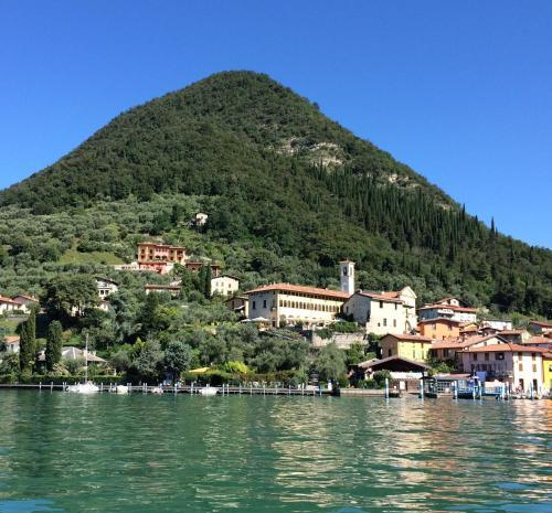 Отель Castello Oldofredi 0 звёзд Италия