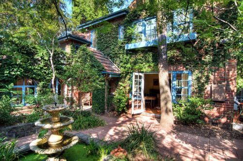 Toorak Gardens - A Luxico Holiday Home