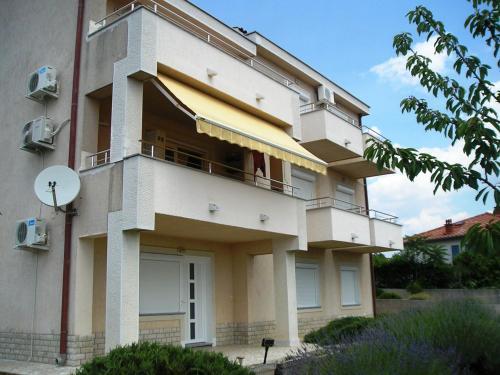 Apartments Dino Krk