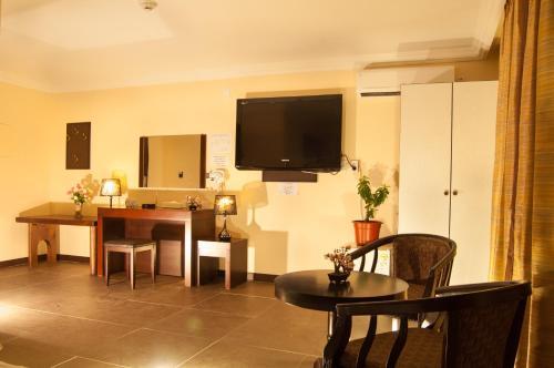 Hotel Galleria Saipan, Garapan