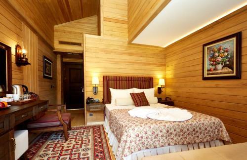 غرفة عادية مزدوجة (Standard Double Room)