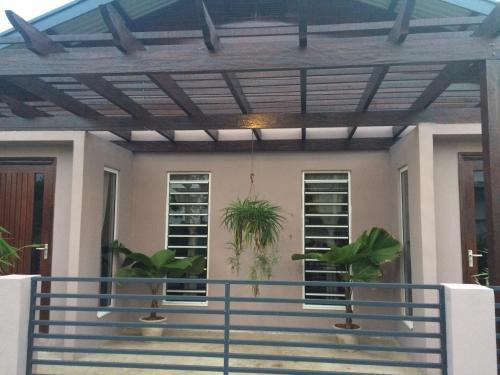 Blue Star Apartments, Paramaribo