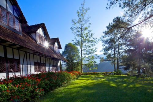 Отель The Lakehouse