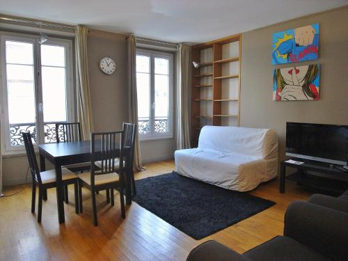 1 separated bedroom Montmartre