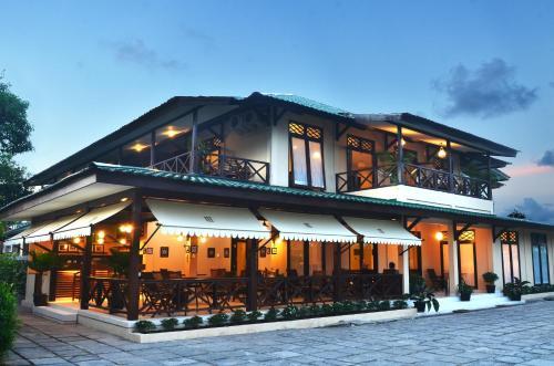 Отель Samawa Transit Hotel 2 звезды Индонезия