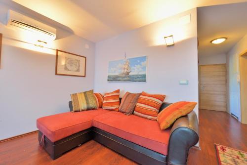 Apartments Staro Sidro