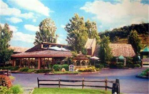 Photo of Best Western Braddock Inn Hotel Bed and Breakfast Accommodation in La Vale Maryland