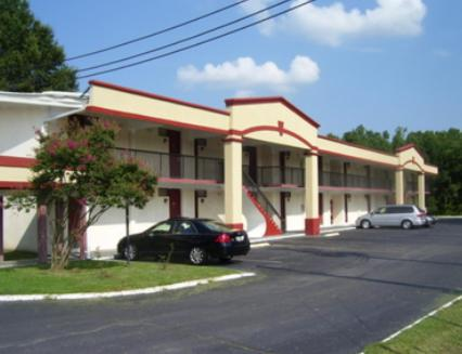 Photo of Americas Best Value Inn Smithfield Hotel Bed and Breakfast Accommodation in Smithfield North Carolina