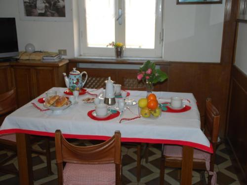 foto A casa di Anna b&b (Figino Serenza)
