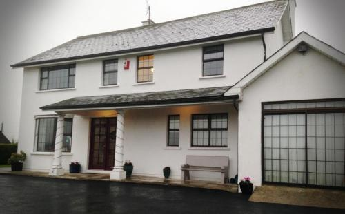 Marengo Guest Accommodation B&b