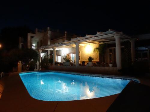 Hostal Residencial La Paloma, hotel en Calpe