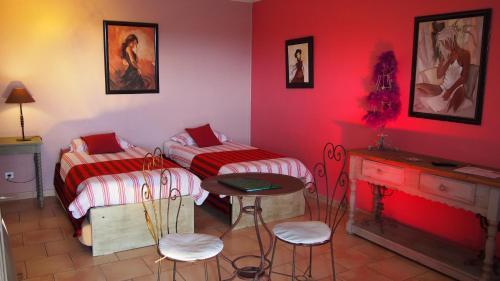 Отель Hotel le Relais du Luberon 3 звезды Франция